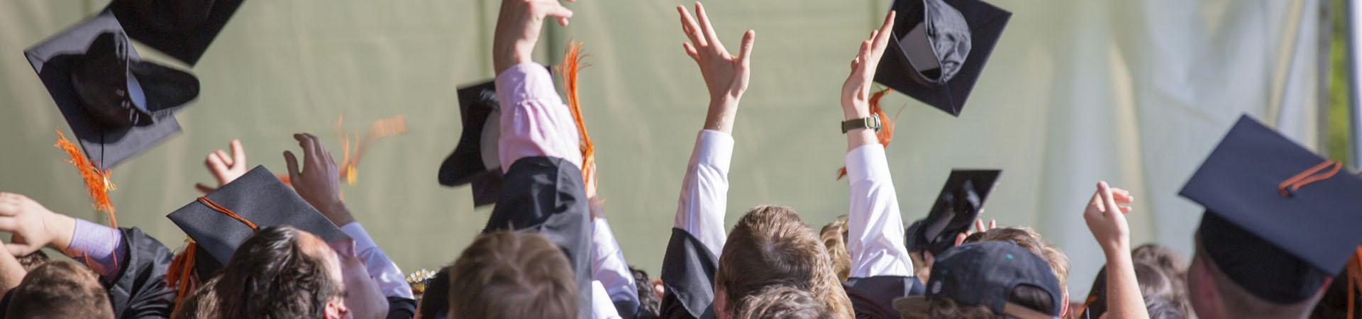 Milyen diplomákkal lehet a legjobban keresni 2021-ben?