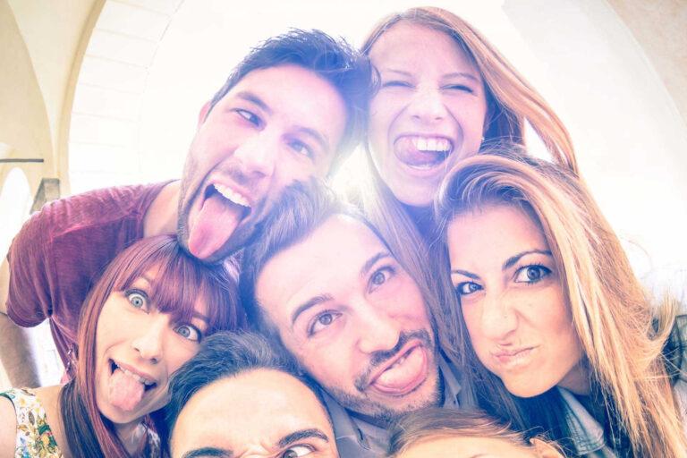 Órarendbarát karrierépítés? Igen, lehetséges! 4 érv a gyorséttermi diákmunka mellett!